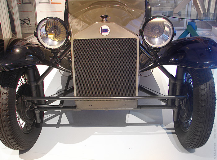 1922 Lancia Lambda. Η Lancia Lambda παρουσιάστηκε
